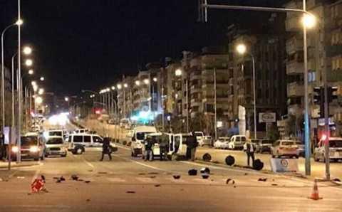 Специалисты обезвредили бомбу на трассе Денизли-Анталья
