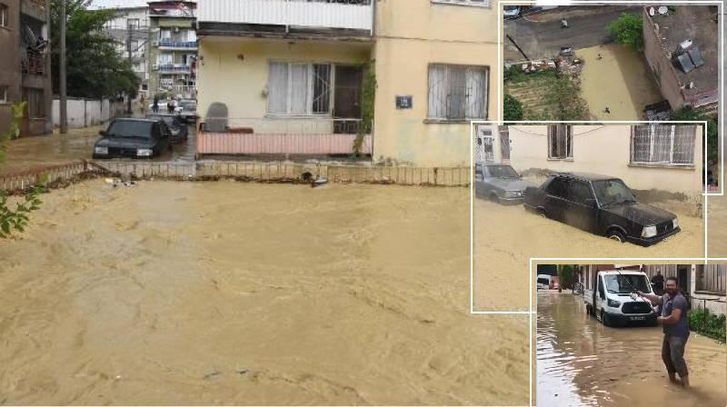 В Измире река вышла из берегов и затопила микрорайон