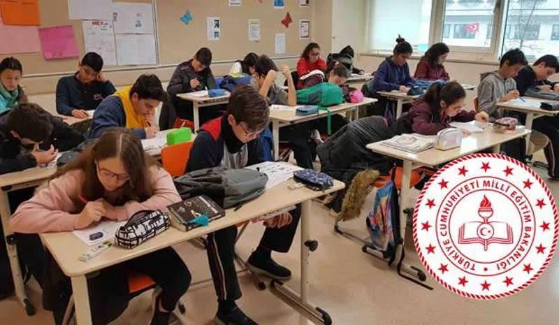 Школьники уходят на 3-недельные каникулы