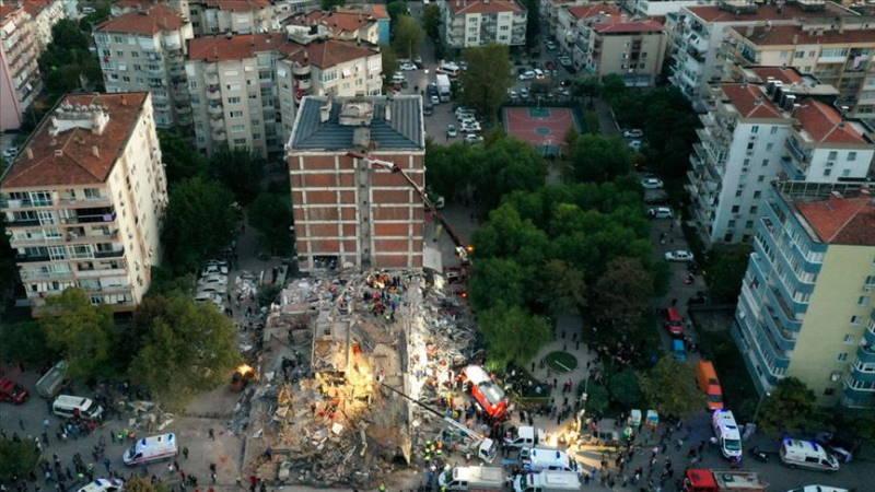 Измир: 79 жертв, 962 пострадавших и новые спасенные