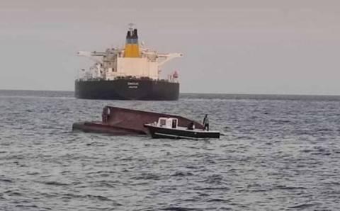 4 рыбака погибли после столкновения с танкером