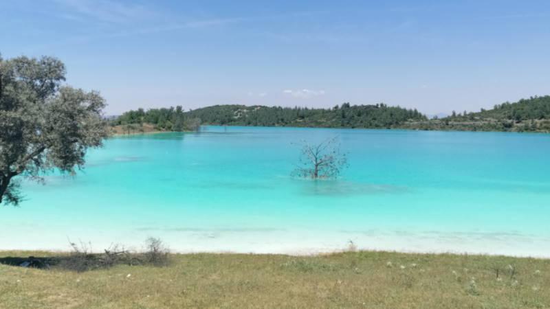Райское озеро в Мугле называют «ядовитым»