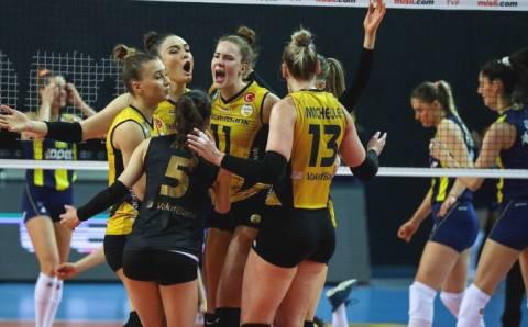 COVID испортил финал женской волейбольной лиги