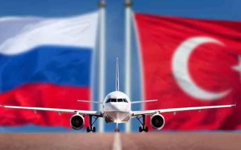 МИДы Турции и России обсудили возобновление авиасообщения