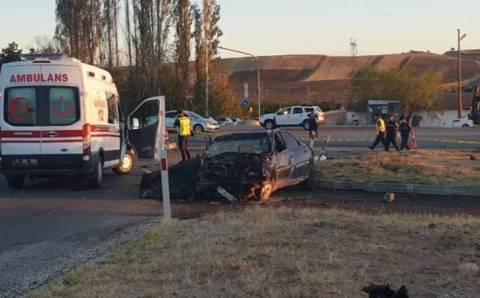 Авария на круговом перекрестке: 6 погибших
