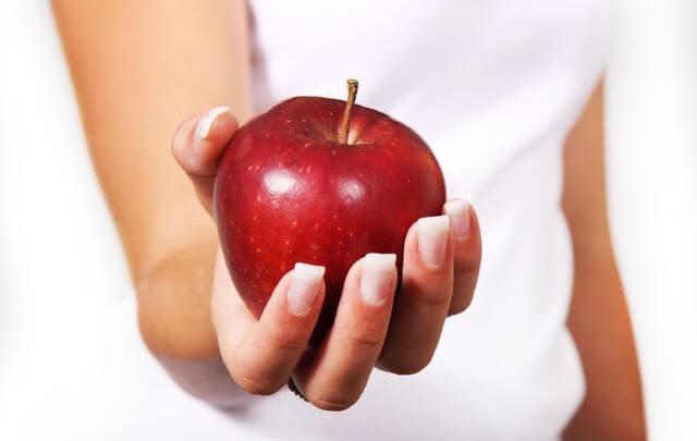 女性が体脂肪率を減らすための食事について2つの面で注意すべきこと