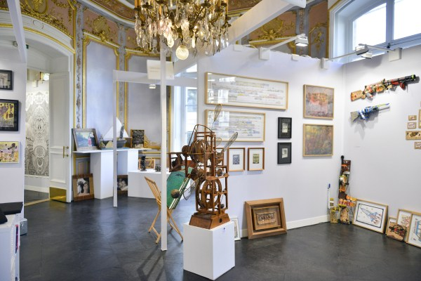 Outsider Art Fair Returns Paris Focusing