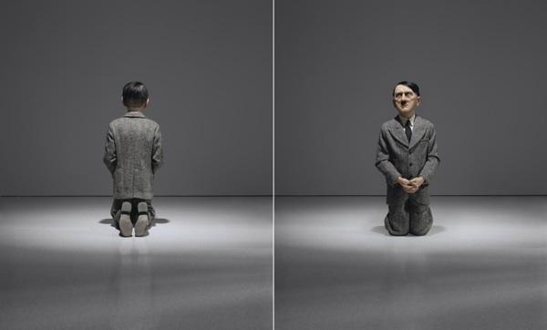 Maurizio Cattelan, Him (2001). Cortesia Christie's Images Ltd.