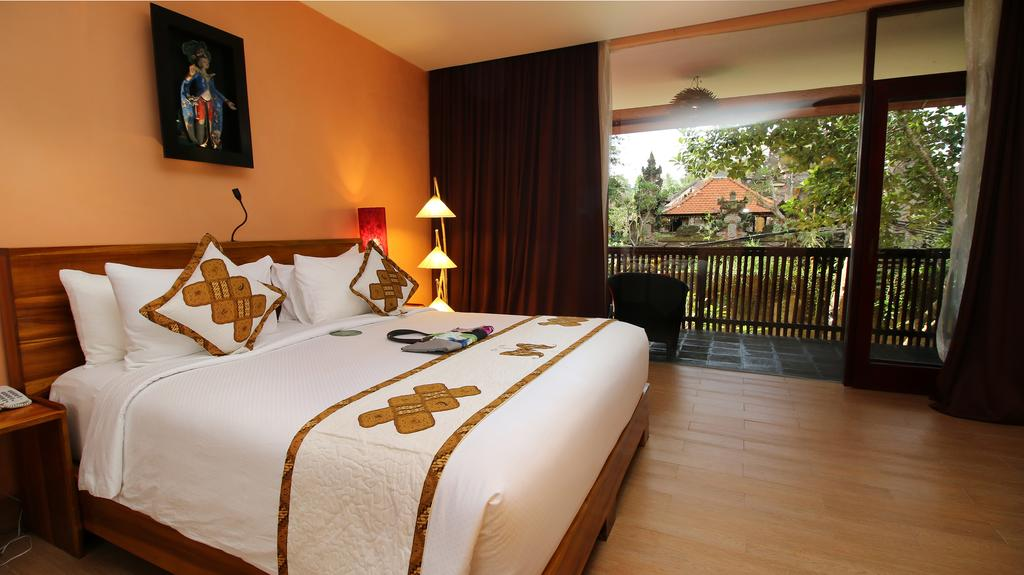 Bali hotel room occupancy decreased to 1 %