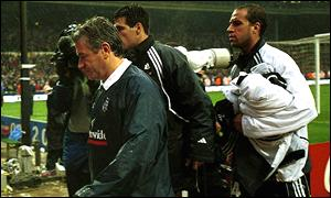 Image result for 2002 world cup keegan resigns