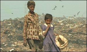 BBC News  SOUTH ASIA  Bangladesh street children face