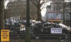 1979: Rubbish piles up in London's Leicester Square