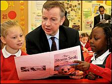 Michael Gove in classroom