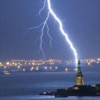 lightning on Pinterest | Lightning Storms, Volcanoes and ...