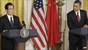 Hu Jintao and Barack Obama at a White House press conference