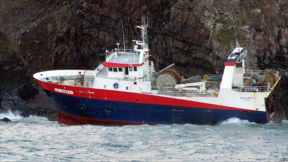Jack Abry II on rocks. Pic: Maritime and Coastguard Agency
