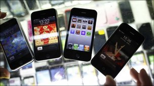 Fake iPhones in Shanghai