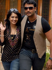 Nikhita Thukral and Darshan (Photo: K Venkatesh)