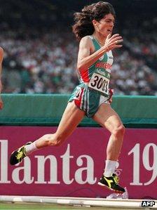 Hassiba Boulmerka running in Atlanta 1996
