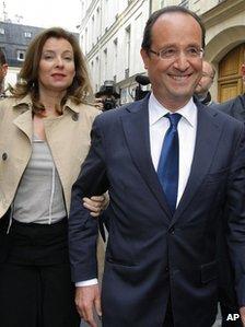 Francois Hollande with his partner  Valerie Trierweiler in Paris, 5 April