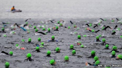 Swimmers at 2011 Great North Swim on Windermere, Cumbria