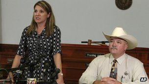 District Attorney Heather McMinn, left, and Lavaca County Sheriff Mica Harmon at a news conference in Halletsville, Texas on 19 June 2012