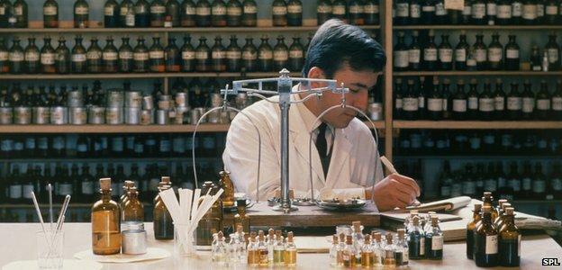 Perfume chemist