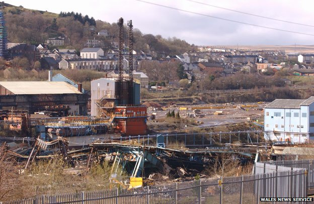 Dismantling of Ebw Vale steelworks