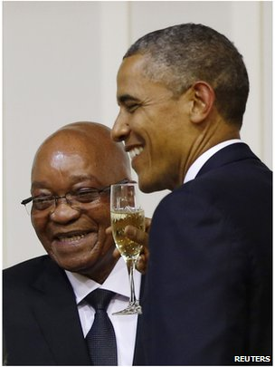 U.S. President Barack Obama (R) attends an official dinner with South African President Jacob Zuma (L) at the presidential guest house in Pretoria, June 29, 2013