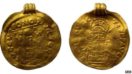 A pendant made from an imitation of a gold solidus of Maurice Tiberius