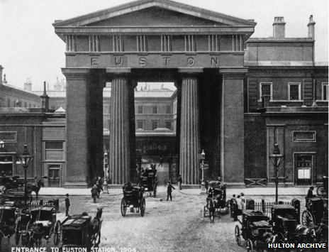 Euston's former entrance arch, demolished in the 1960s