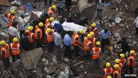 Rescue operation in Mumbai, 28 Sept