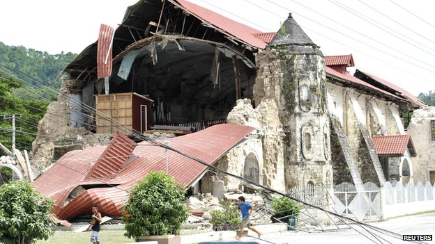 Image of the historic church in Bohol destroyed by the October quake