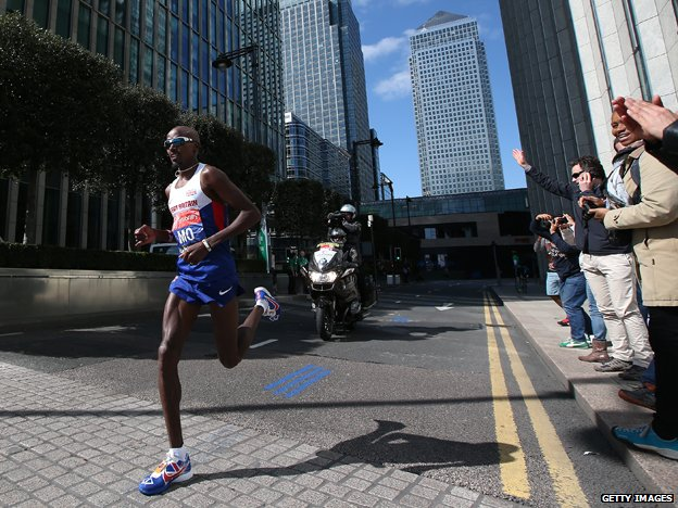 Mo Farah running the London Marathon