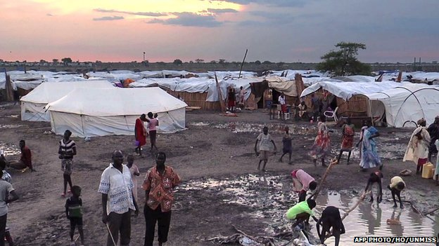 A grab made from a video released by the UNMission in South Sudan (UNMISS) on 23 April 2014 shows displaced people in a camp in Bentiu, on 22 April 2014.