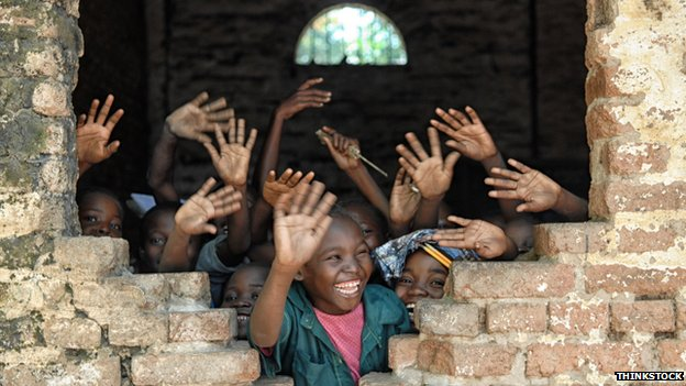 African kids waving