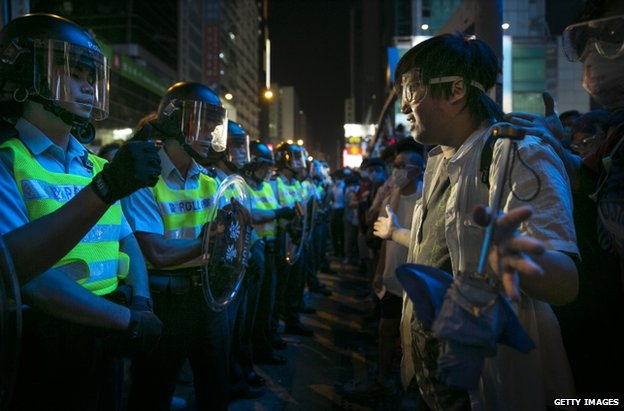 Police confront protesters in Mong Kok, Hong Kong, 17 October