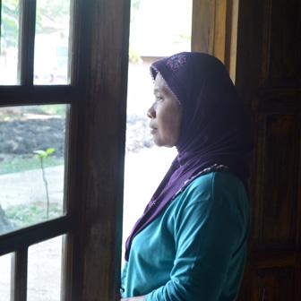 sumarti mother