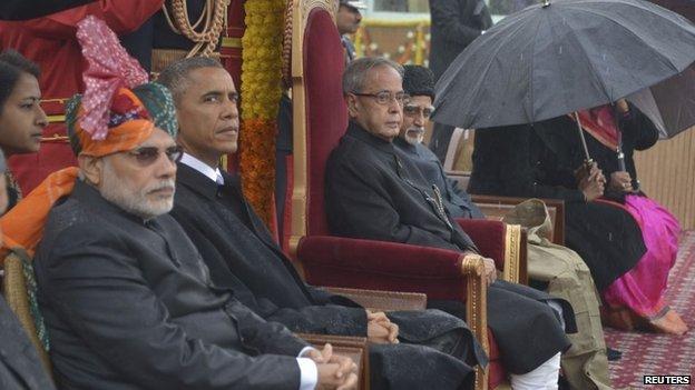 India's Prime Minister Narendra Modi (L-R), U.S. President Barack Obama, India's President Pranab Mukherjee and Vice President Mohammad Hamid Ansari attend the Republic Day parade in New Delhi January 26, 2015