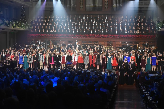 Student perform at Christmas at Belmont 2017