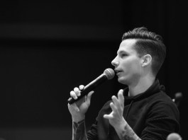 Devin Dawson Seminar speaks and performs at Belmont University in Nashville, Tennessee, January 26, 2018.