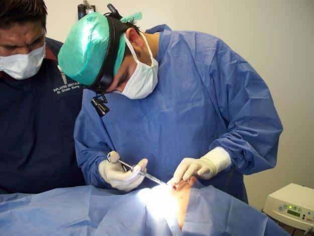 Offerte di lavoro per odontoiatri ed assistenti alla for Assistente alla poltrona offerte di lavoro