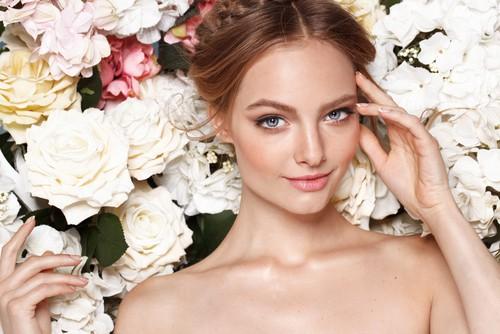 Offerte lavoro cosmetica milano con desheli bianco lavoro magazine for Offerte lavoro arredamento milano
