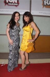 Nataliya Kozhenova with Vandana Vadera at Supermodel Premier