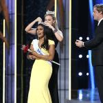 Nina Davuluri being crowned Miss America 2014