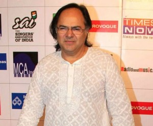 Farooq Sheikh 's Dead Body would be flown to Mumbai Today