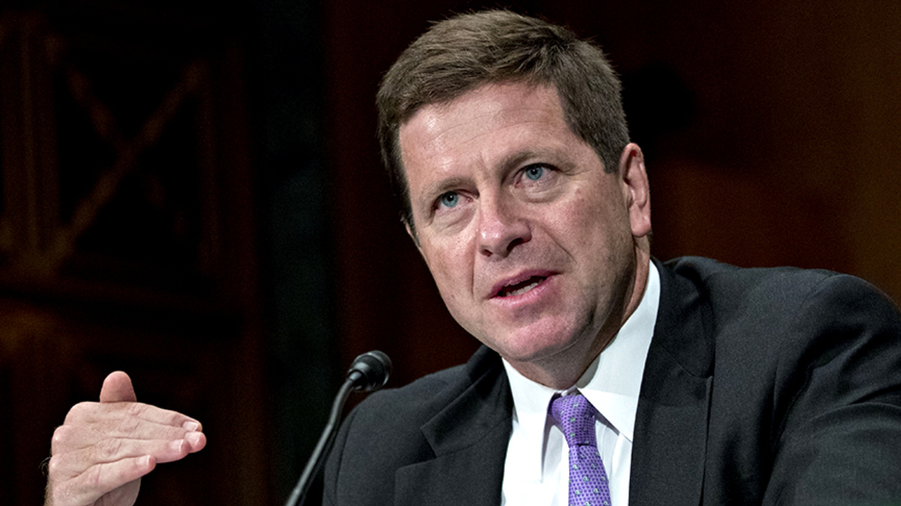 Jay Clayton Leaves SEC: Cryptocurrency Industry Hopeful for Bitcoin ETF Approval
