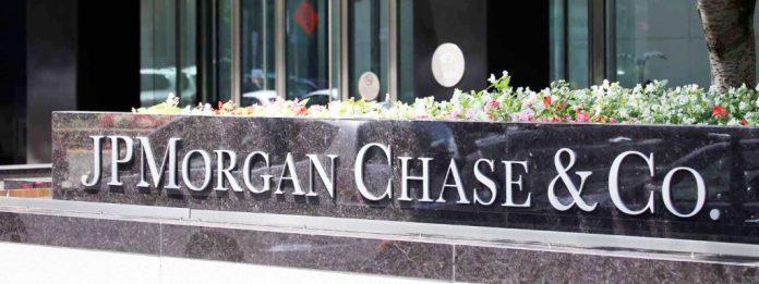JPMorgan, Bank of America, Wells Fargo Sued Over Trump's Paycheck Protection Program