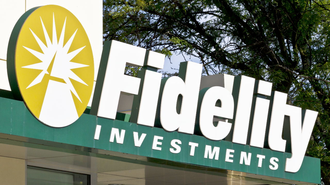Fidelity Applies to Launch Bitcoin ETF Amid Accelerating Institutional Demand for BTC