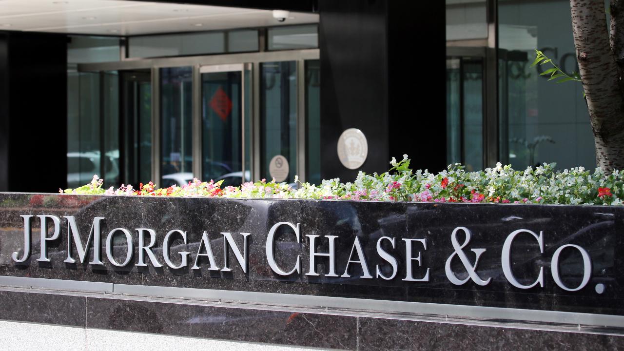 After Praising Bitcoin, JPMorgan Pushes JPM Coin, Sets Up Dedicated Crypto Unit